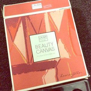 Laura Geller Beauty Canvas makeup set